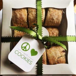 custom cookies delivered
