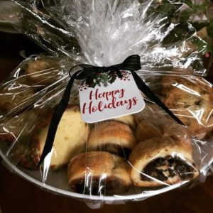 holiday gift cookie platter