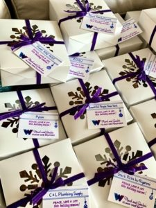 personalized corporate holiday gift boxes