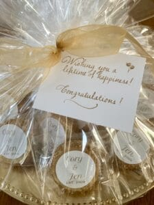 surpise engagment personalized cookies