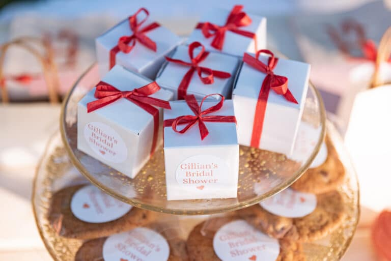 Personalized cookie favors